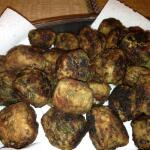 Recipe for keftethakia – Greek pork meatballs