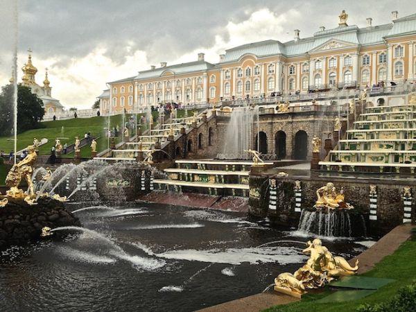 La grande cascade du Palais de Peterhof