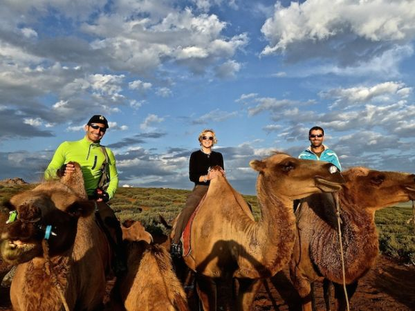 Petite promenade en chameau àKhogno Khan Uul (semi-Gobi)