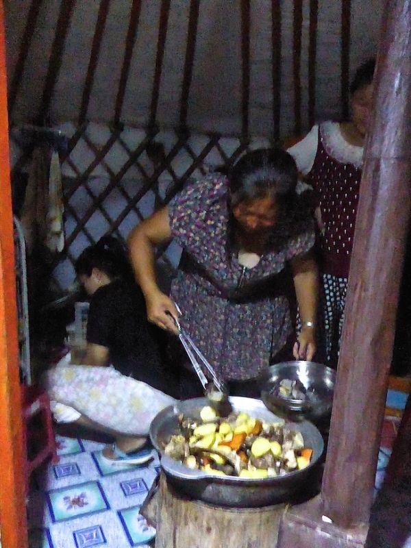 Une nomade cuisine le Khokhog