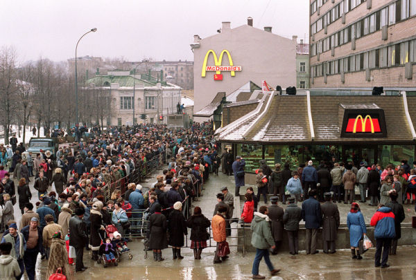 The queues outside Russia's first McDonald's in 1990