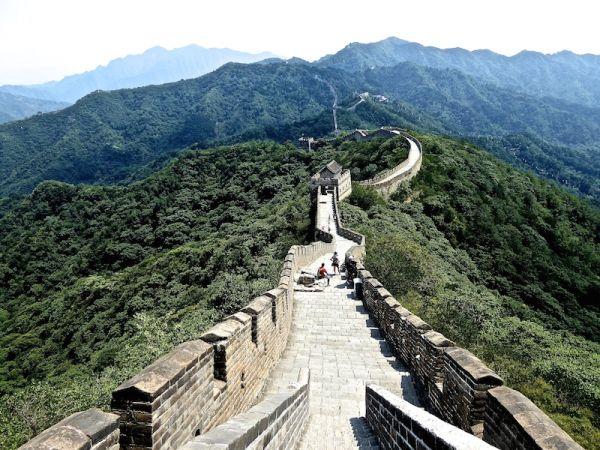 La vue incroyable de la muraille de Chine de Mutianyu