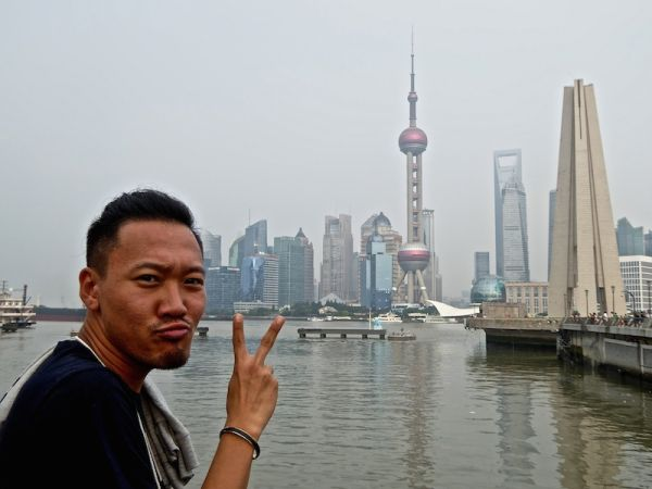 Couchsurfing with locals in Shanghai