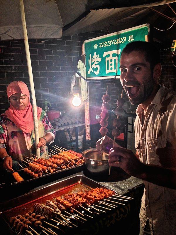 Viandes grillées au barbecue dans le quartier musulman de Xi'an