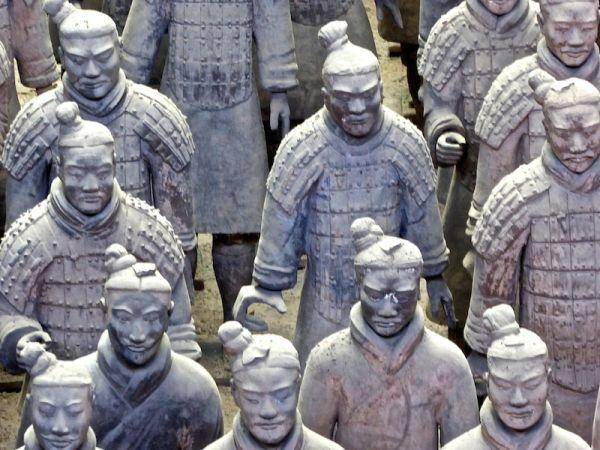 Les soldats de terre cuite de l'armée de Qin Shi Huang