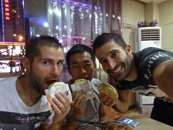 "hamburger chinois:""rou jia mo"" à base de viande de porc"