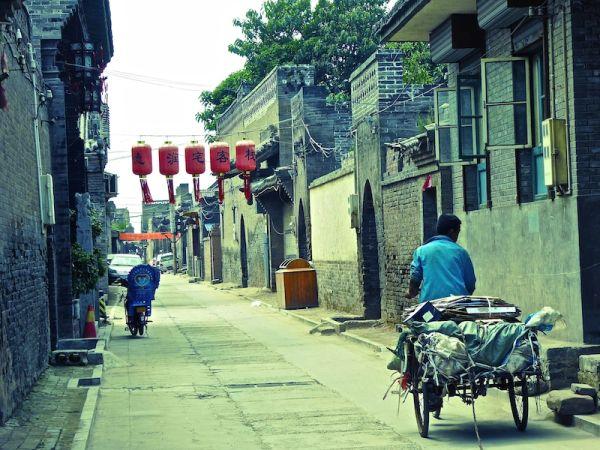 Une ruelle déserte dans la vieille ville de Pingyap