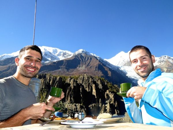 Breakfast with this beautiful view of the Himalayas at Manang village