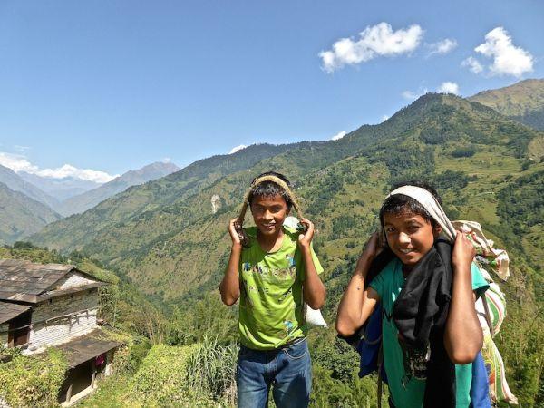 Ganesh et Gobinda, près du village de Ghorepani
