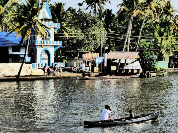 People of the backwaters of Kerala