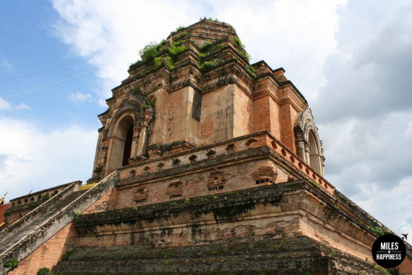 Explore the old City of Chiang Mai