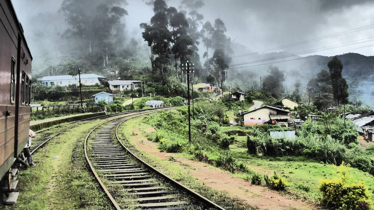 Train ride from Nuwara Eliya to Ella