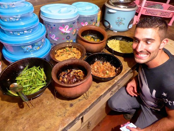 Learning to make rice and curry in Ella