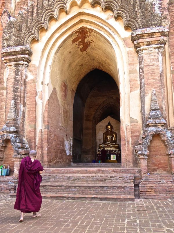 A monk at the Dhammayangyi temple of Bagan