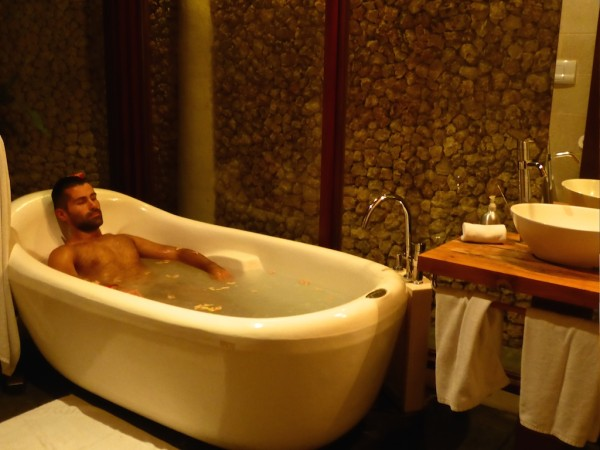 A relaxing bath at Mandala Spa
