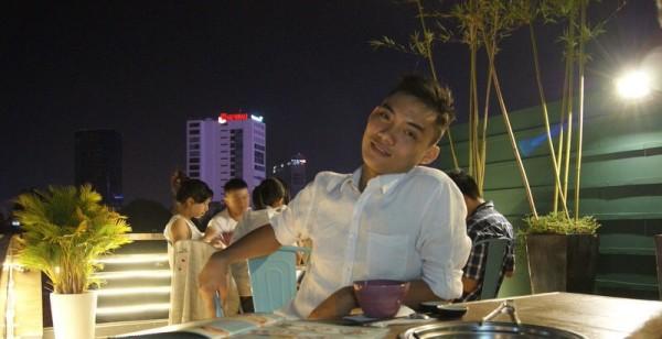 gay Saigon Quan posing