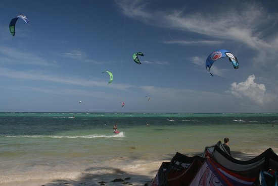 Celebrate birthday on Boracay doing kitesurfing