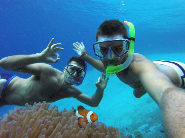 Snorkelling and kayaking in the crystal waters of El Nido, Palawan