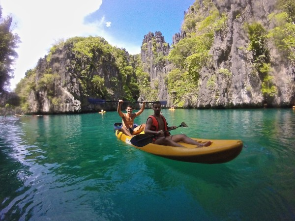 Kayaking in El Nido at the Small Lagoon