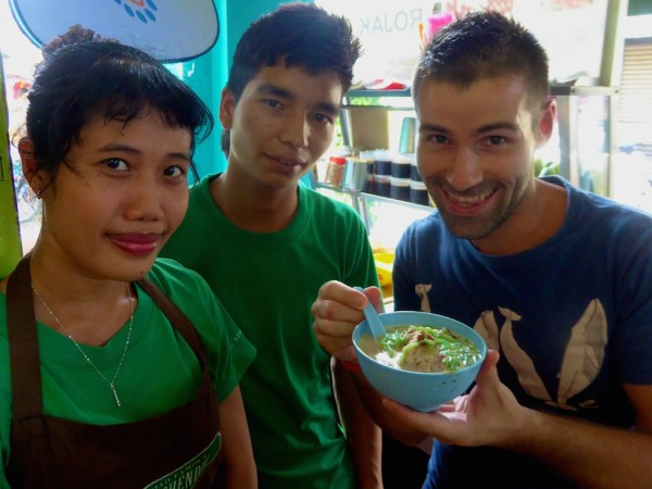 Sebastien trying chendul in Penang