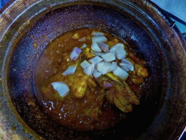 Curry Kapitan cooking away