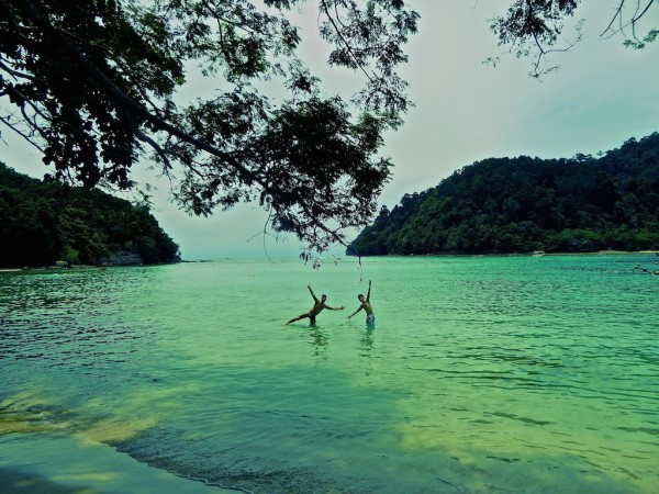 Stefan and Ken on Sapi island beach