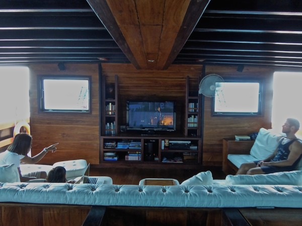 Lounge and entertainment area on the gay friendly Samata luxury cruise liveaboard