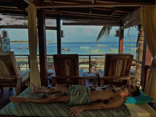 Stefan hot stone massage birthday treat on gay friendly Gili Trawangan