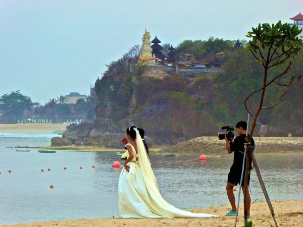 Wedding photo shoot Nusa Dua beach front St. Regis Bali