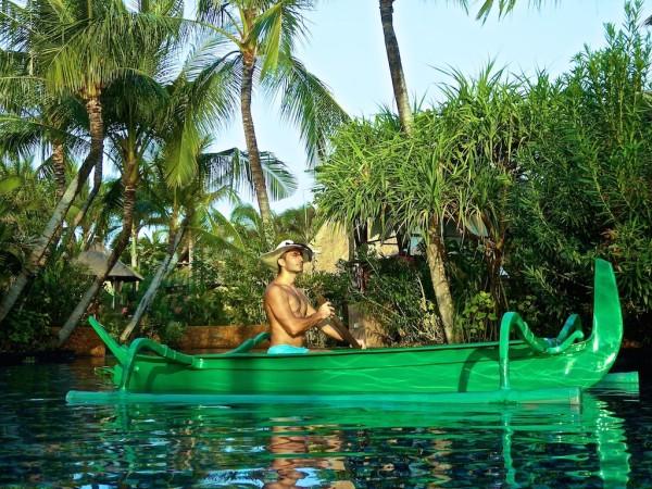 St Regis Bali saltwater lagoon pool