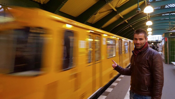 How to get from Schoenefeld airport to Berlin city centre with U-Bahn