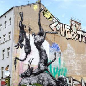 Learn about graffiti art on this Berlin street art tour and also try your hand at graffiti art yourself!