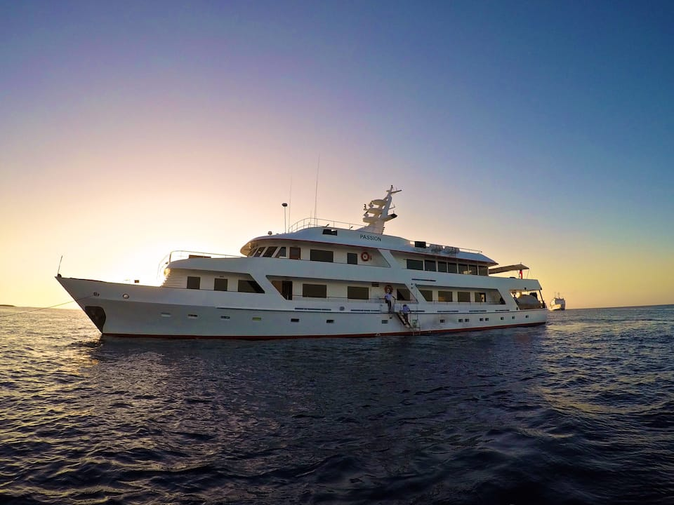 galapagos luxury yacht The Passion