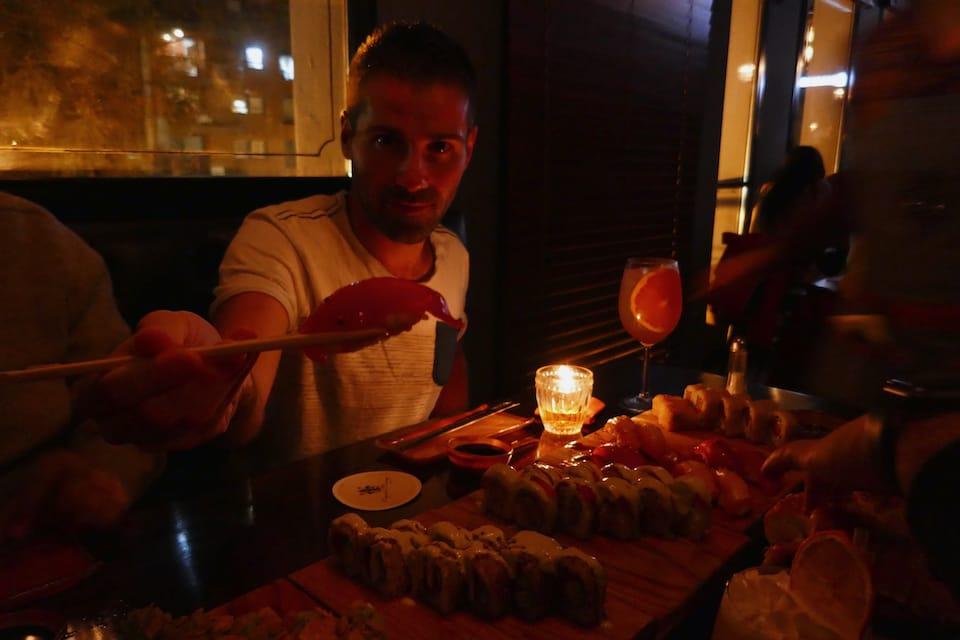 Negroni sushi restaurant gay Rosario guide