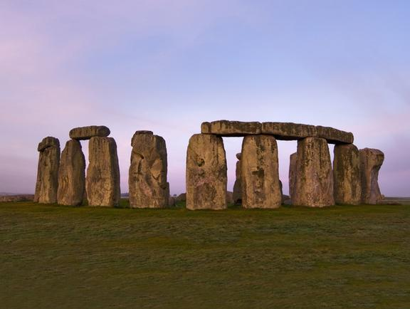 Free trip to London Stonehenge tour