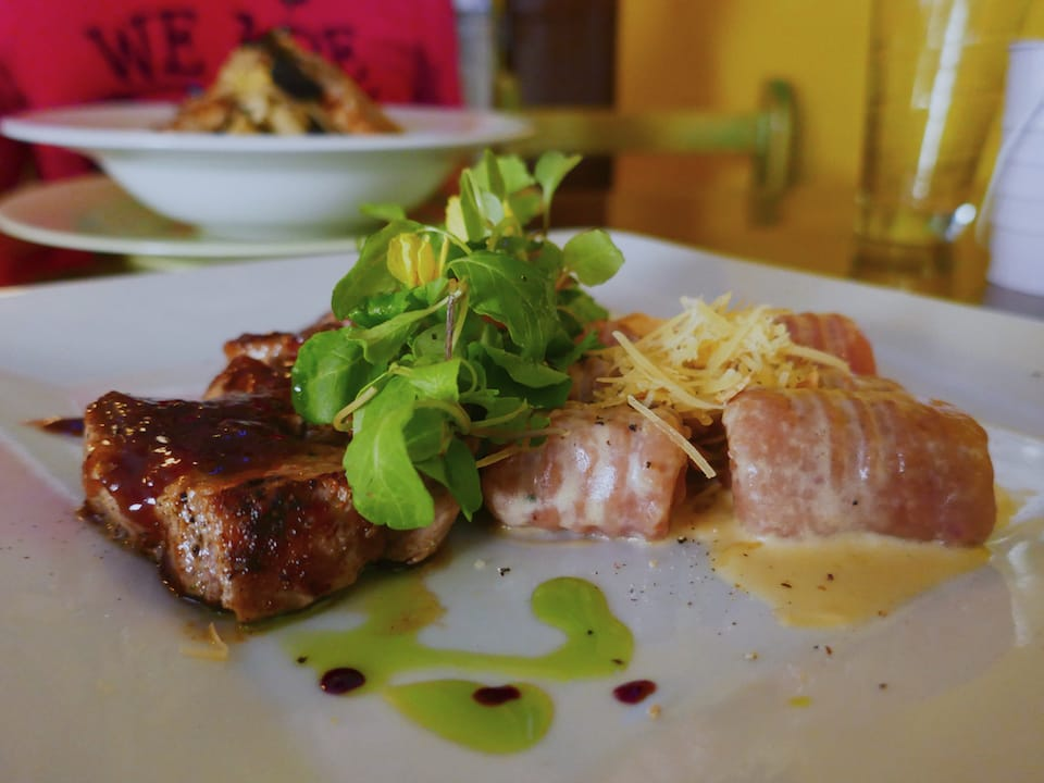 alpaca meat one of 10 famous foods from Peru