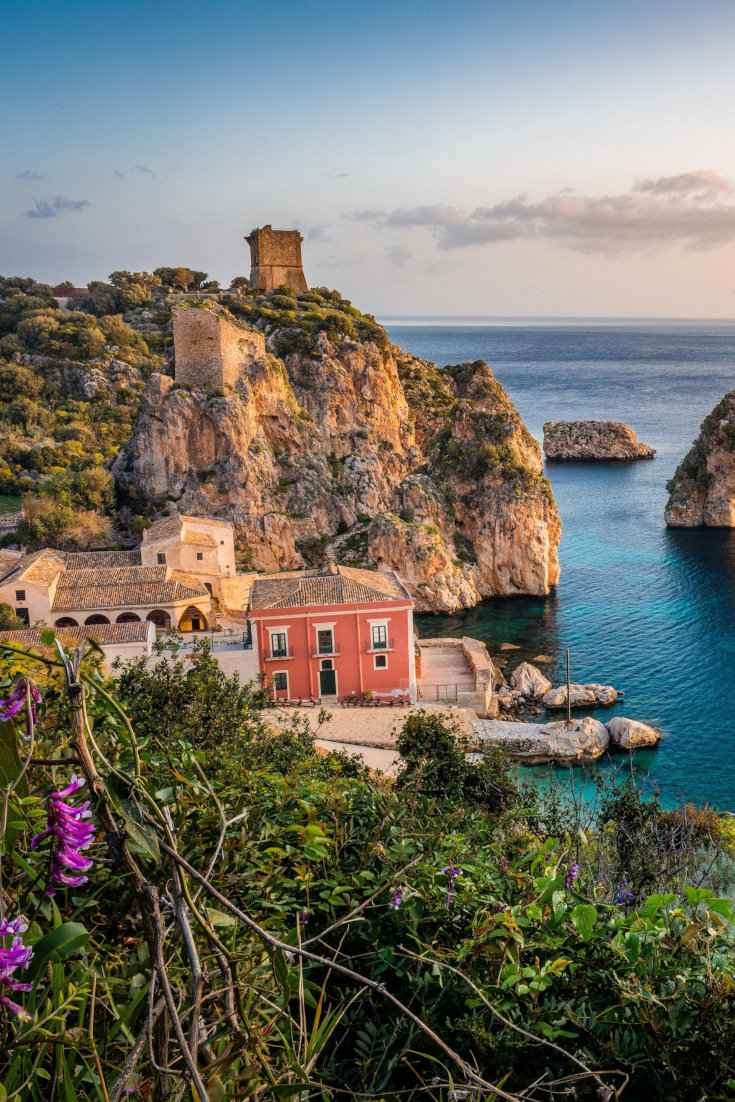 Get inspired by these romantic things to do in Sicily