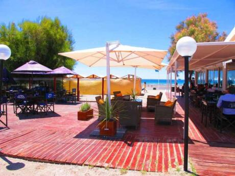 Coral Resto is a beachside restaurant in Puerto Madryn that does excellent pizzas!
