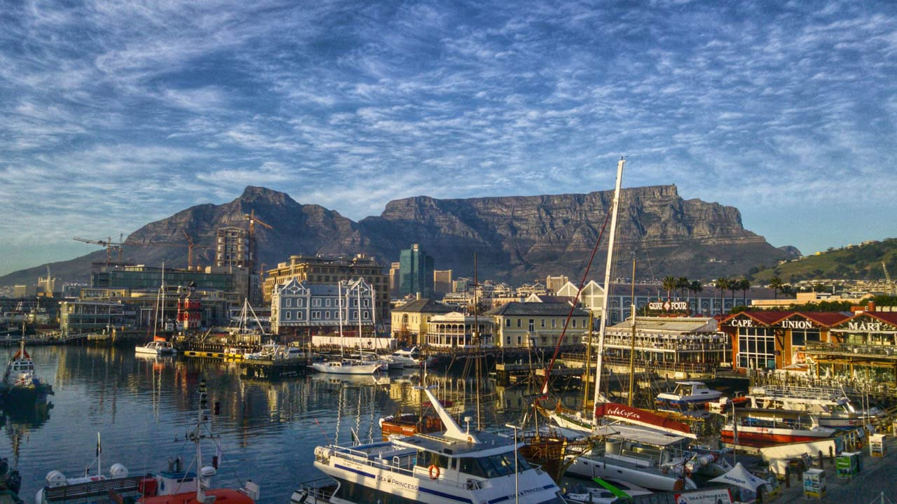 Victoria and Albert Waterfront highlights from cape town
