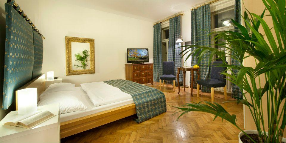 Gay Prague: La Fenice is the best gay accommodation in Vinohrady
