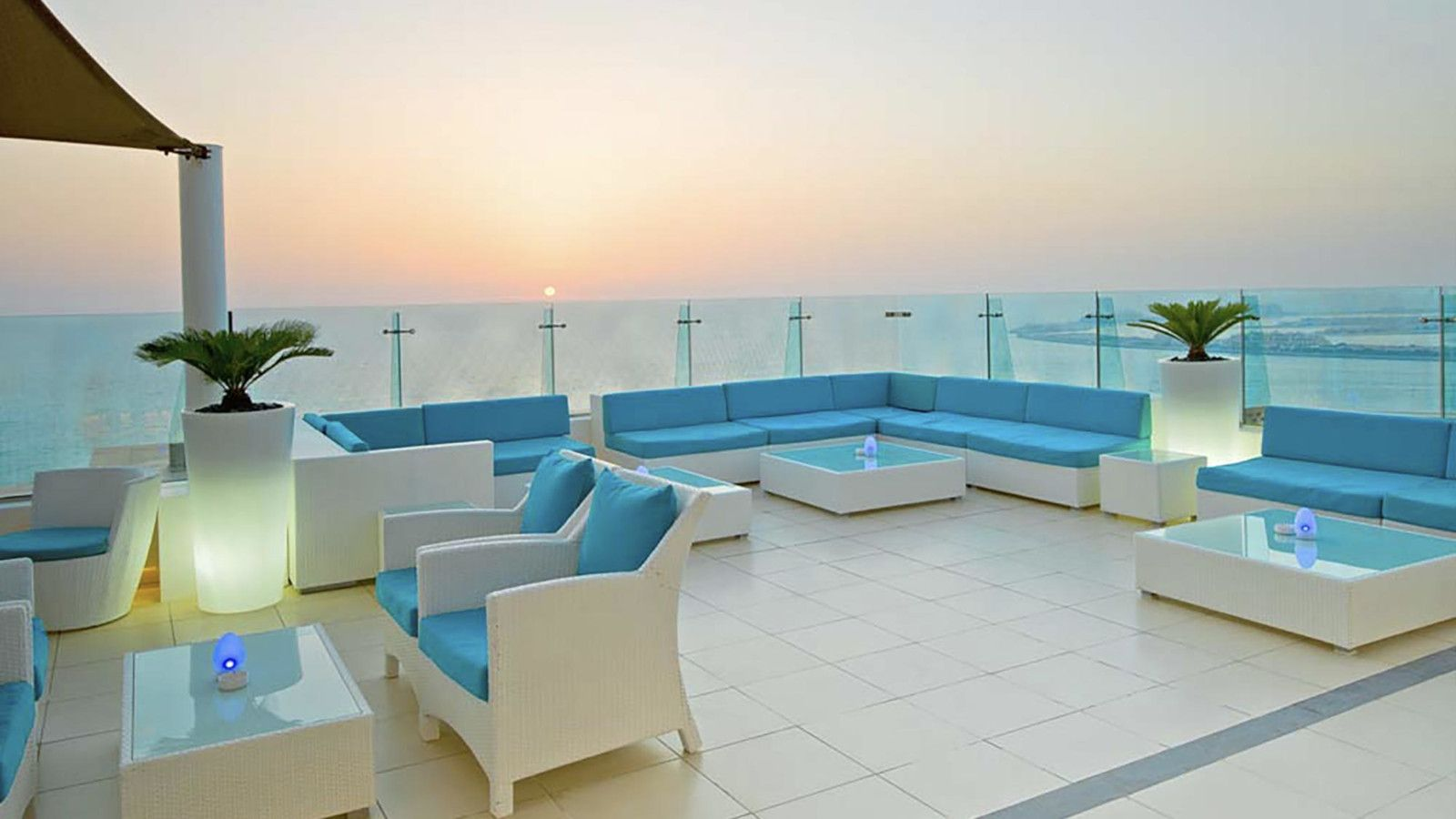 The Hilton's sky lounge is the perfect place for gay travellers to Dubai to enjoy a romantic cocktail.