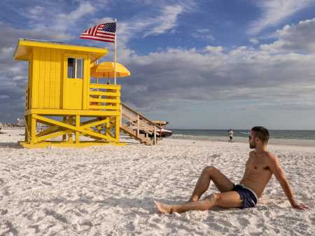 Everuthing you need to know about gay travel to USA
