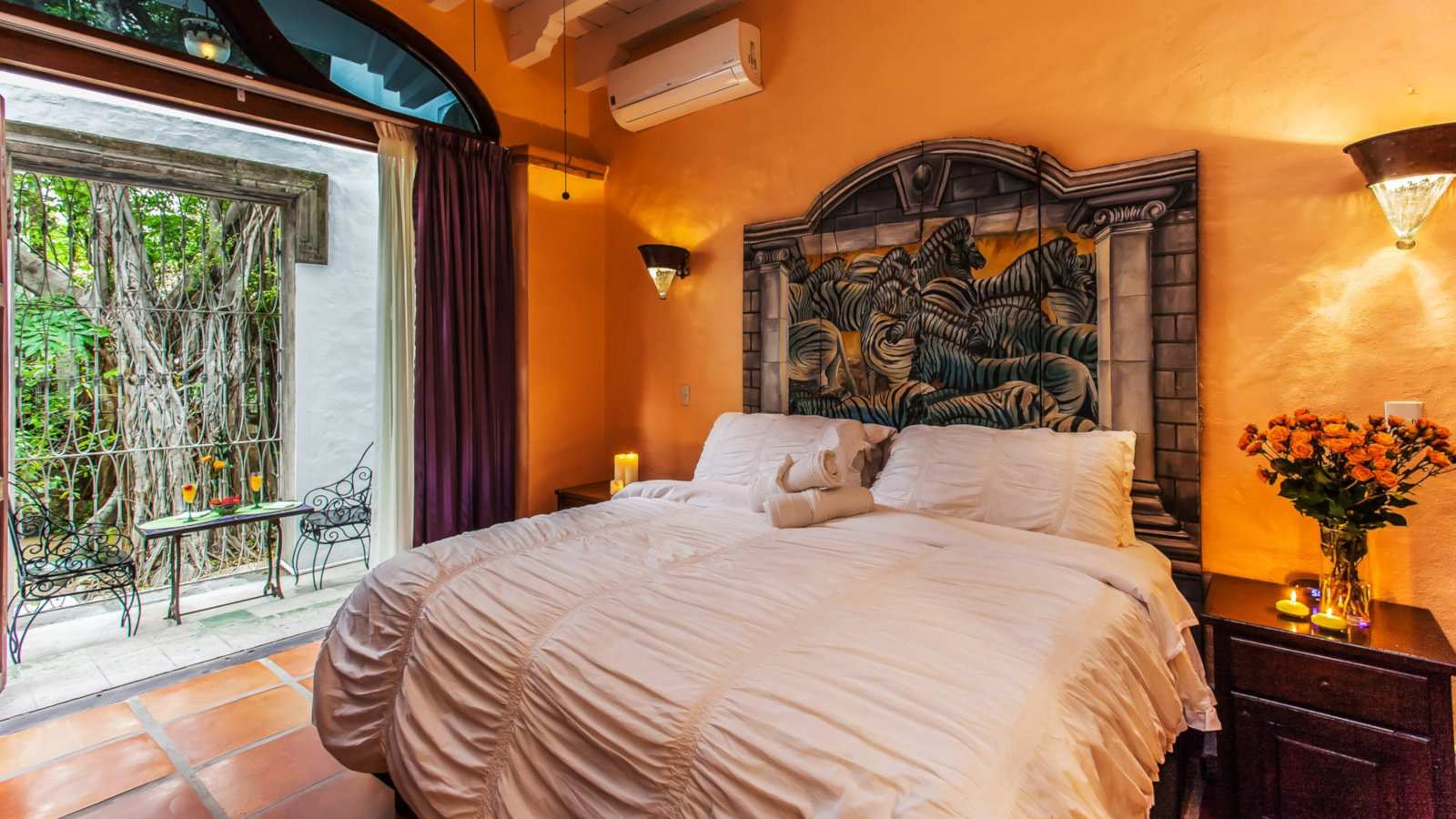 Gay Puerto Vallarta - for true romance stay at the stunning Garlands del Rio boutique hotel.