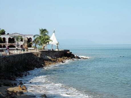 Join a city tour to learn about the history and culture of Puerto Vallarta.