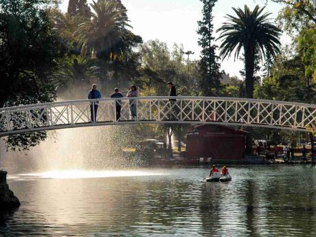 Parque Sarmiento in Córdoba is a lovely spot to relax, explore the gardens or even the zoo.