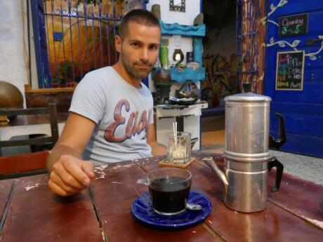 Gay guide to Cartagena - sample the best Colombian coffee in Cartagena at Cafe Mural