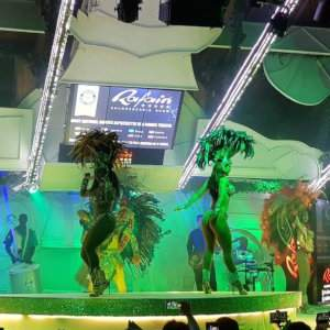 Enjoy a Rafain Churrascaria dance show while you eat dinner in Foz do Iguaçu.
