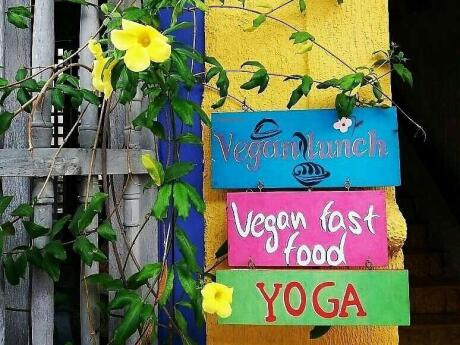 For the best vegan food in Cartagena, head to Saumdra Govindas!