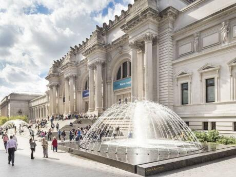 Art lovers will not want to miss out on visiting the MET while in New York.