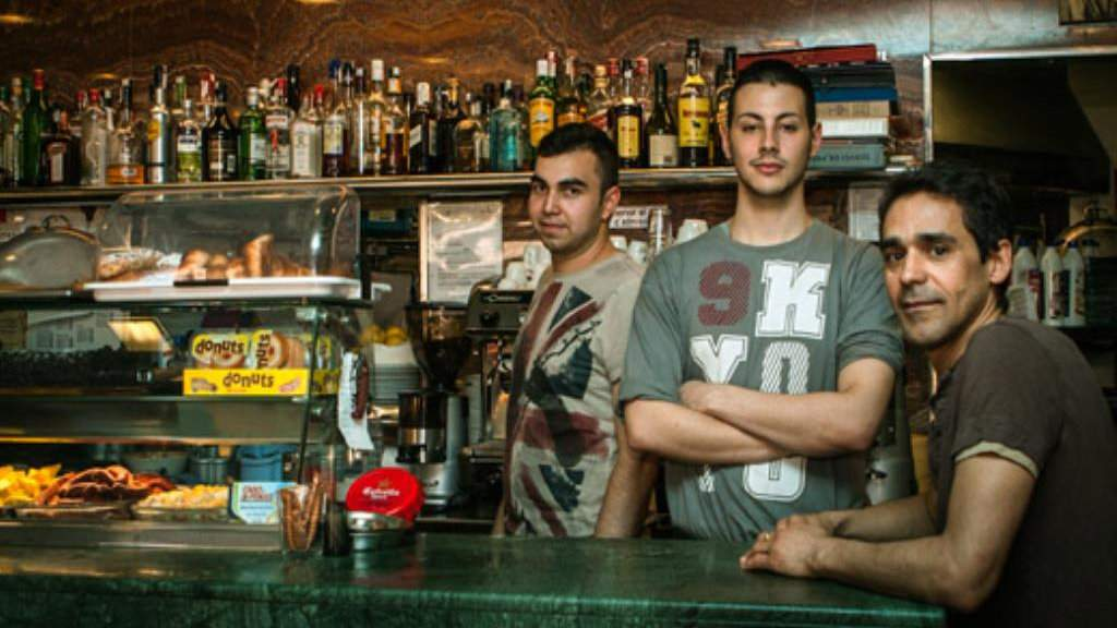 El Berro is a gay owned tapas bar in Barcelona which serves delicious food at low prices